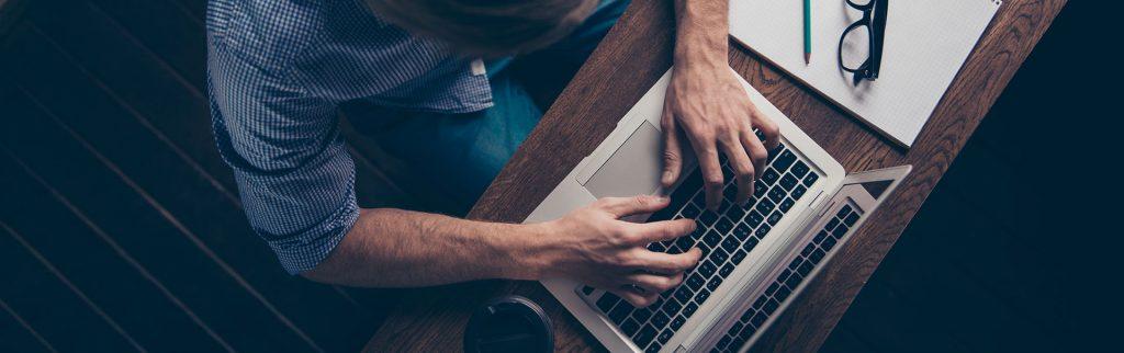 Acaba hiç merak ettik mi e-fatura kullanıcıları en çok hangi sorunlarla karşılaşıyor diye. Bu konuda konunun muhataplarından görüşler alarak bir yazı hazırladık.